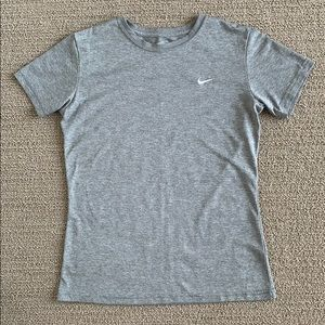 Nike Fit Dry Short Sleeve Shirt